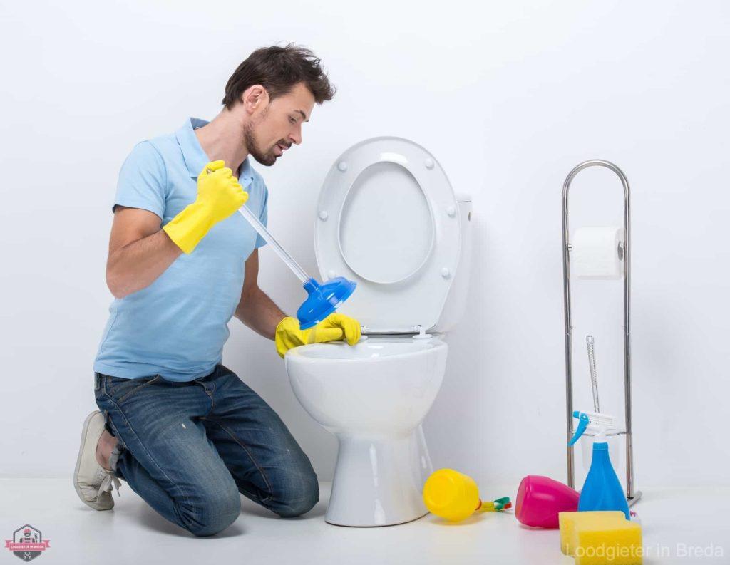 WC verstopt Breda